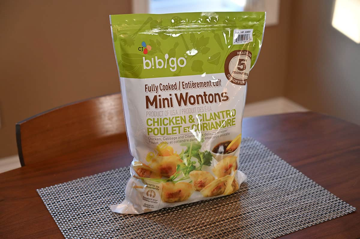 A bag of the Costco Bibigo Fully Cooked Chicken & Cilantro Mini Wontons.